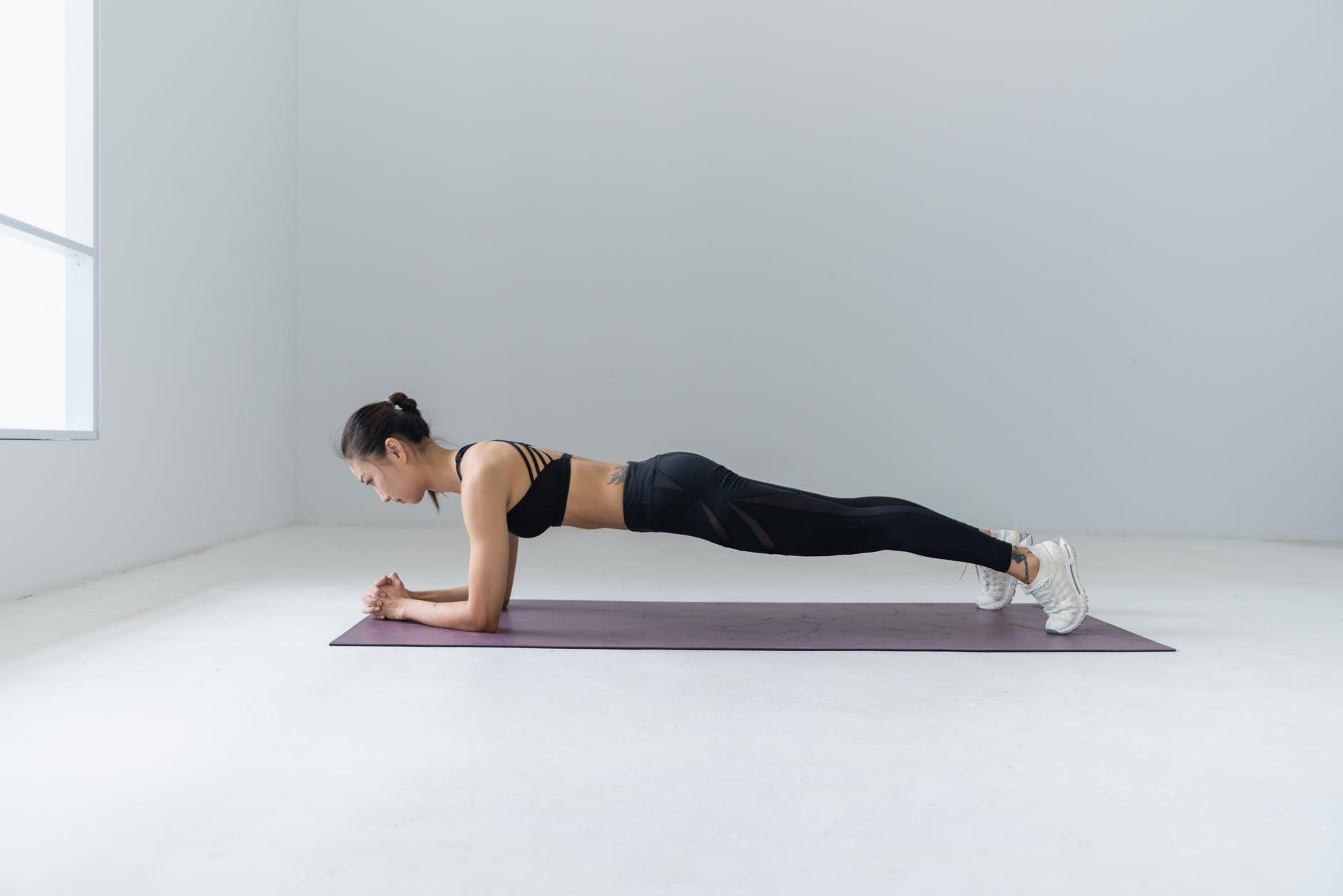 Thử thách plank trong 30 ngày để có vòng eo thon gọn