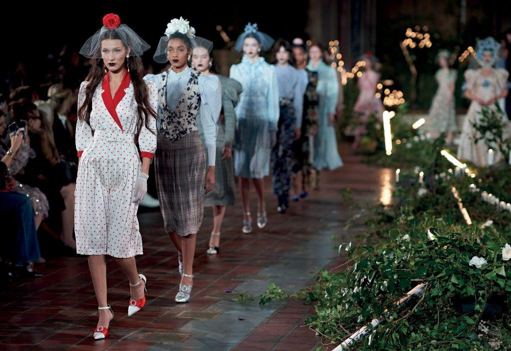 thời trang bst mới của Rodarte tại New York
