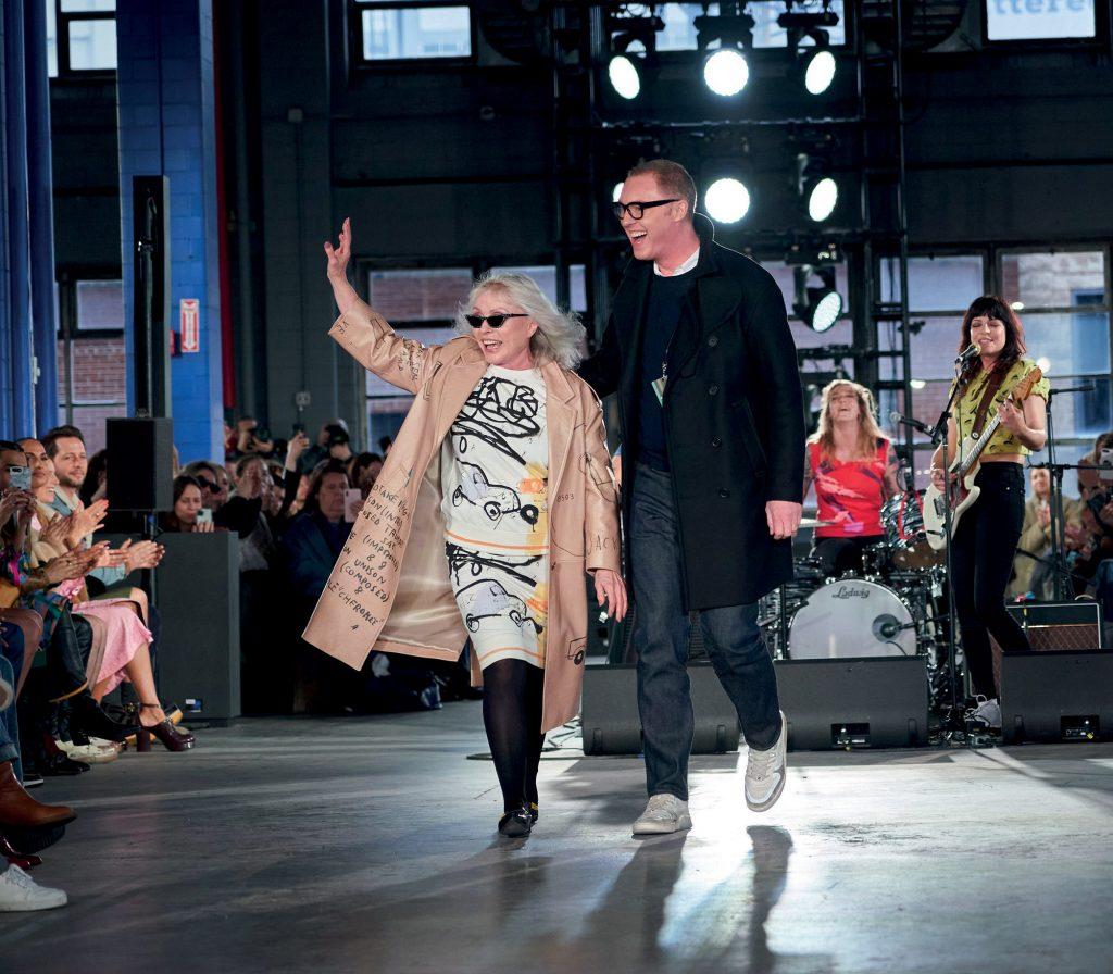 thời trang Debbie Harry tại sàn diễn Coach