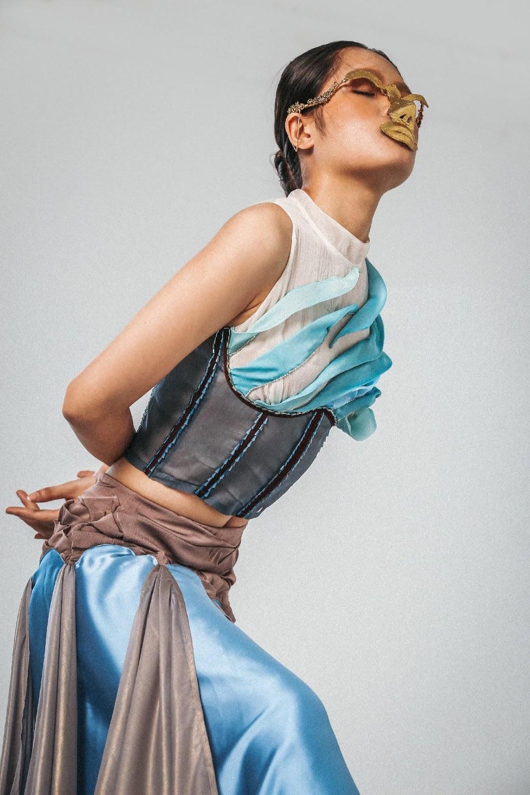 "fashion creation 2020 BST ""Wanderer's Nightsong"" - Dương Him Lam."