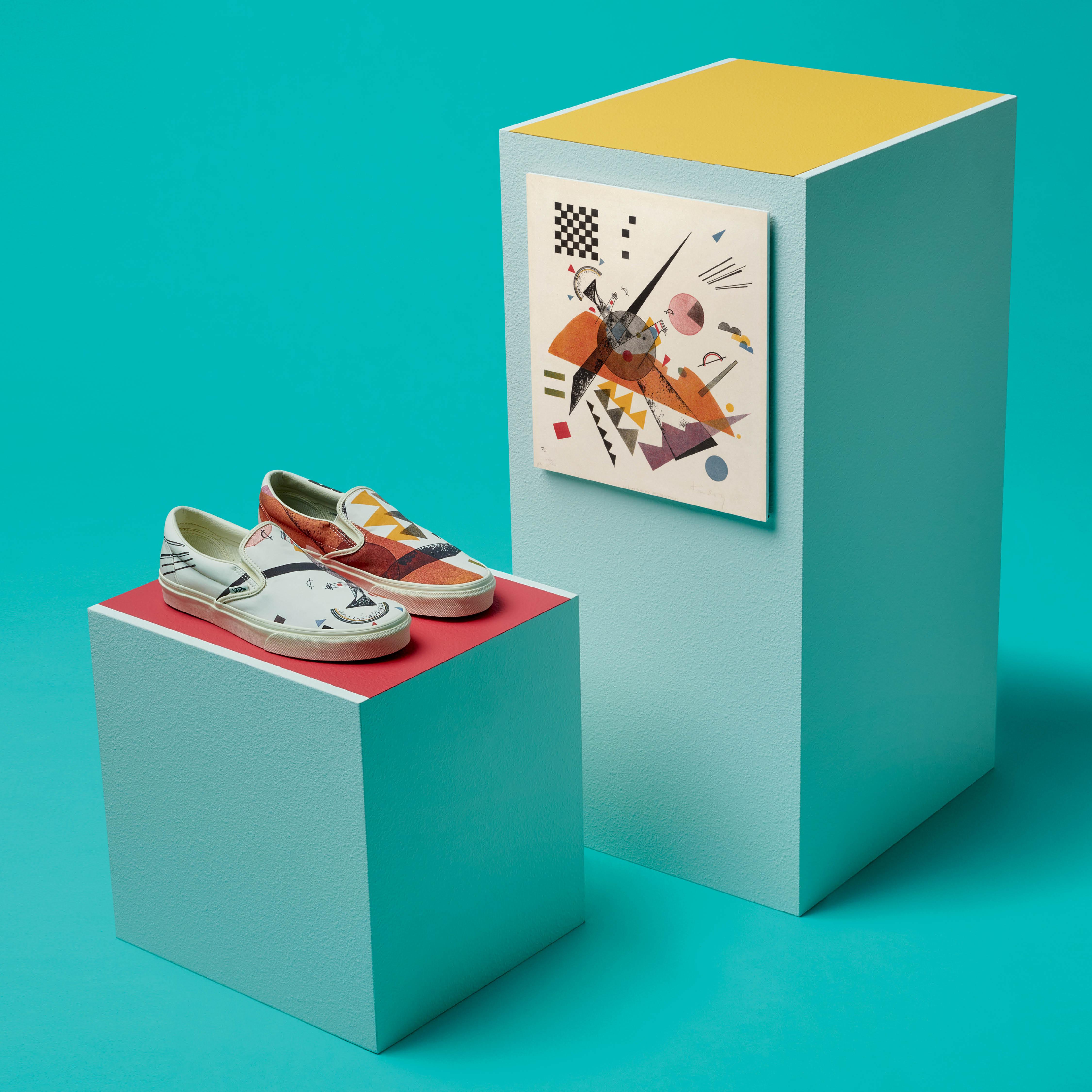 Vans Slip-on và tác phẩm Orange kết hợp cùng MoMA