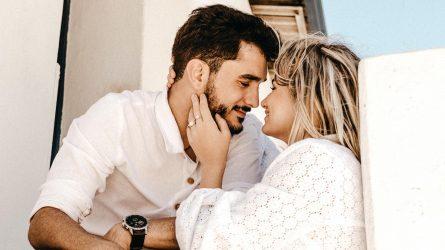 10 dấu hiệu nhận biết người đàn ông yêu bạn thật lòng