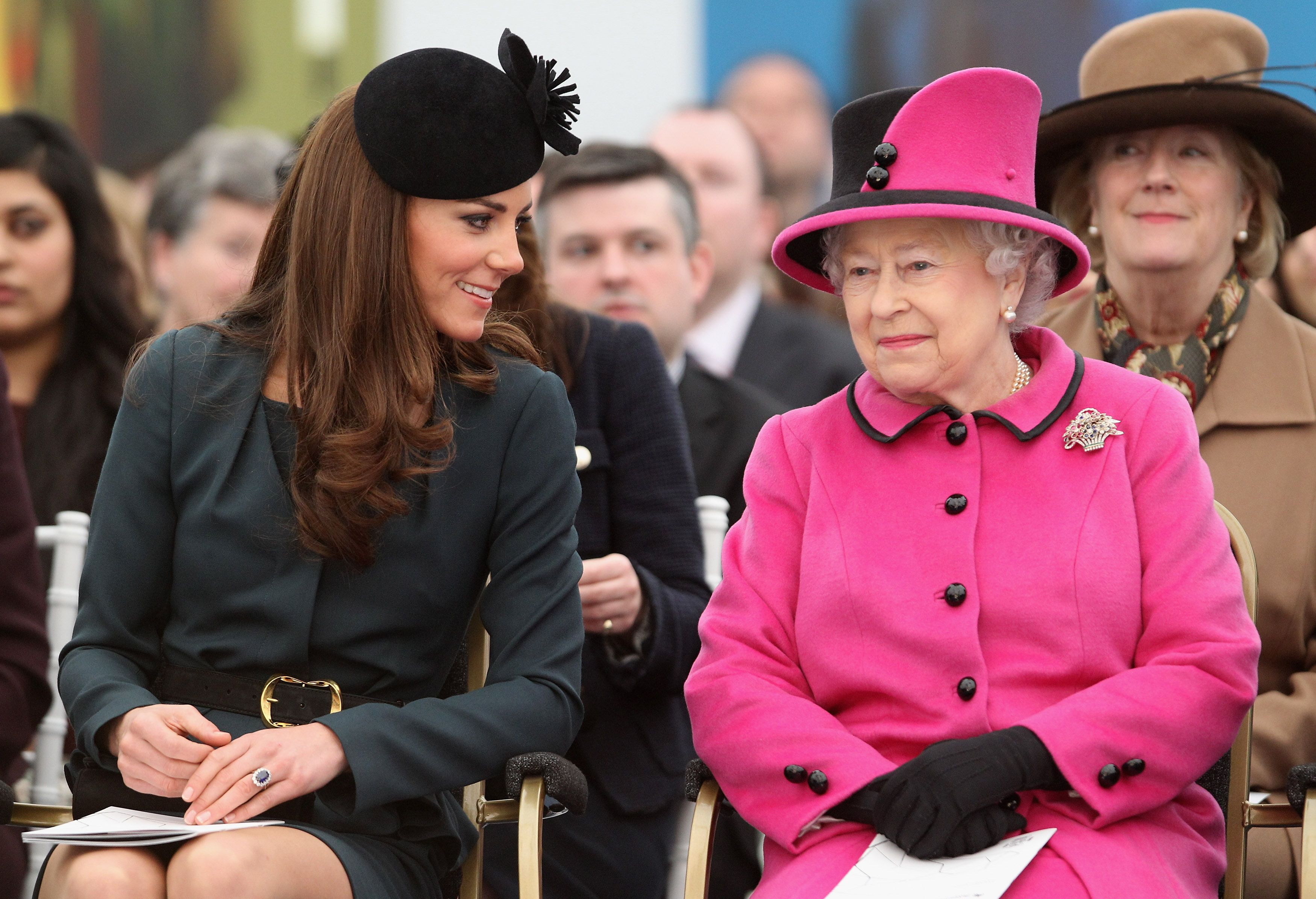 Bí quyết làm đẹp từ thành viên Hoàng gia