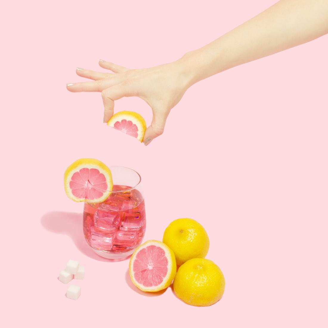 Bưởi cung cấp nhiều vitamin C và khoáng chất thiết yếu cho cơ thể.