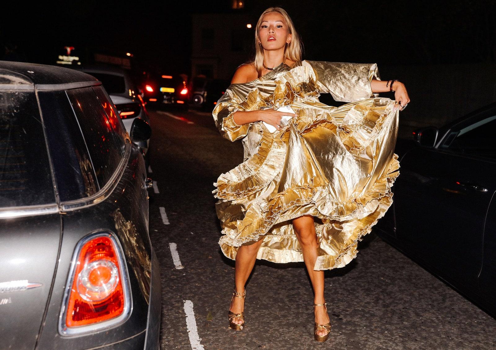 thời trang streetstyle ruffles