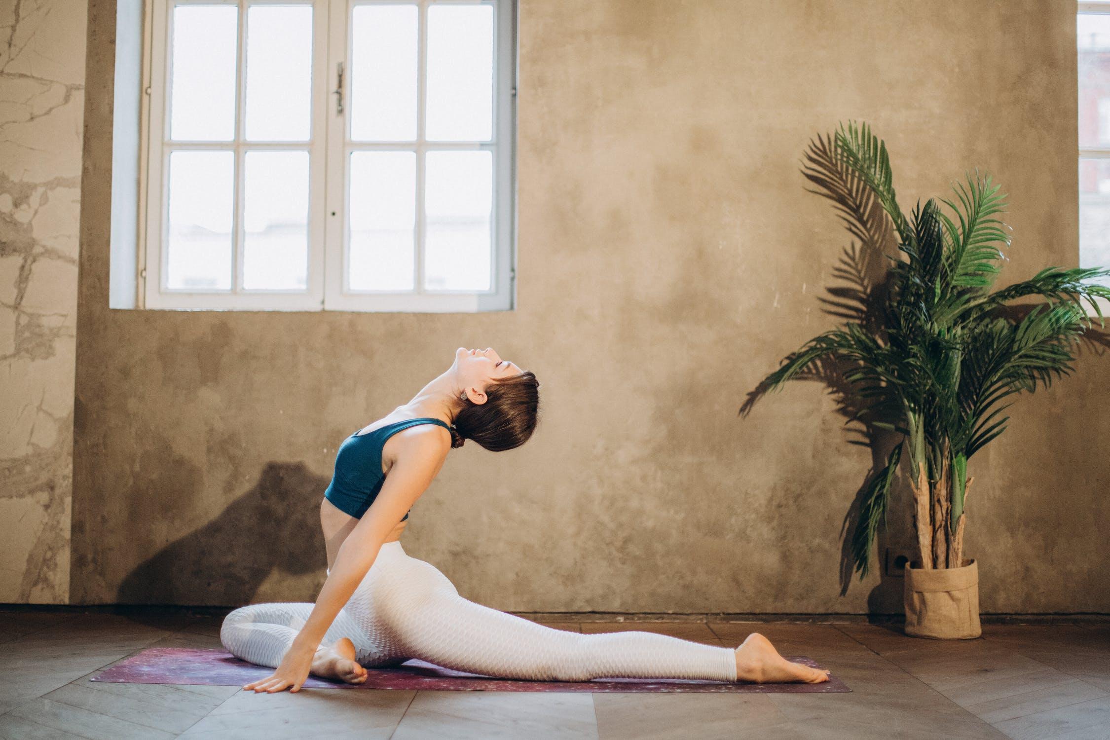 Luyện tập căng cơ mỗi ngày giúp bạn thư giãn tâm trí, làm việc hiệu quả hơn.