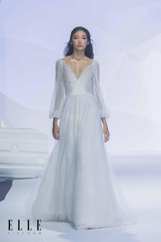 NTK Chung Thanh Phong BST Dear My Princess cùng bộ váy công chúa tối giản tinh tế