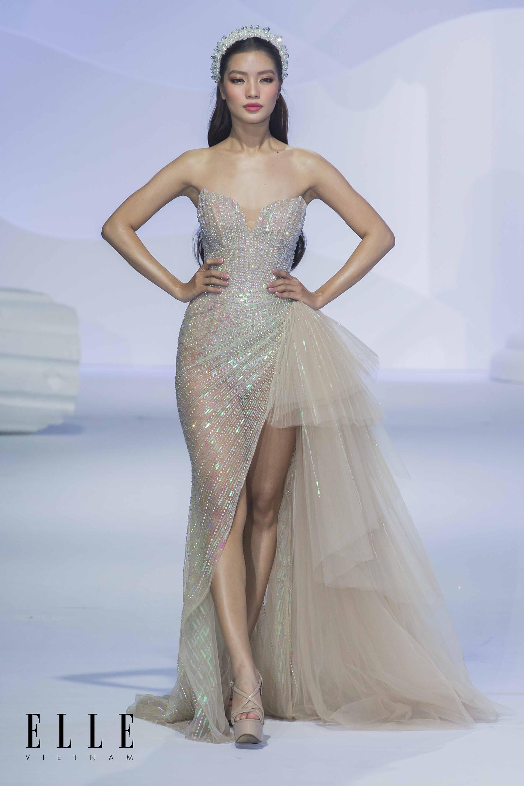 NTK Chung Thanh Phong BST Dear My Princess cùng bộ váy màu hồng nude