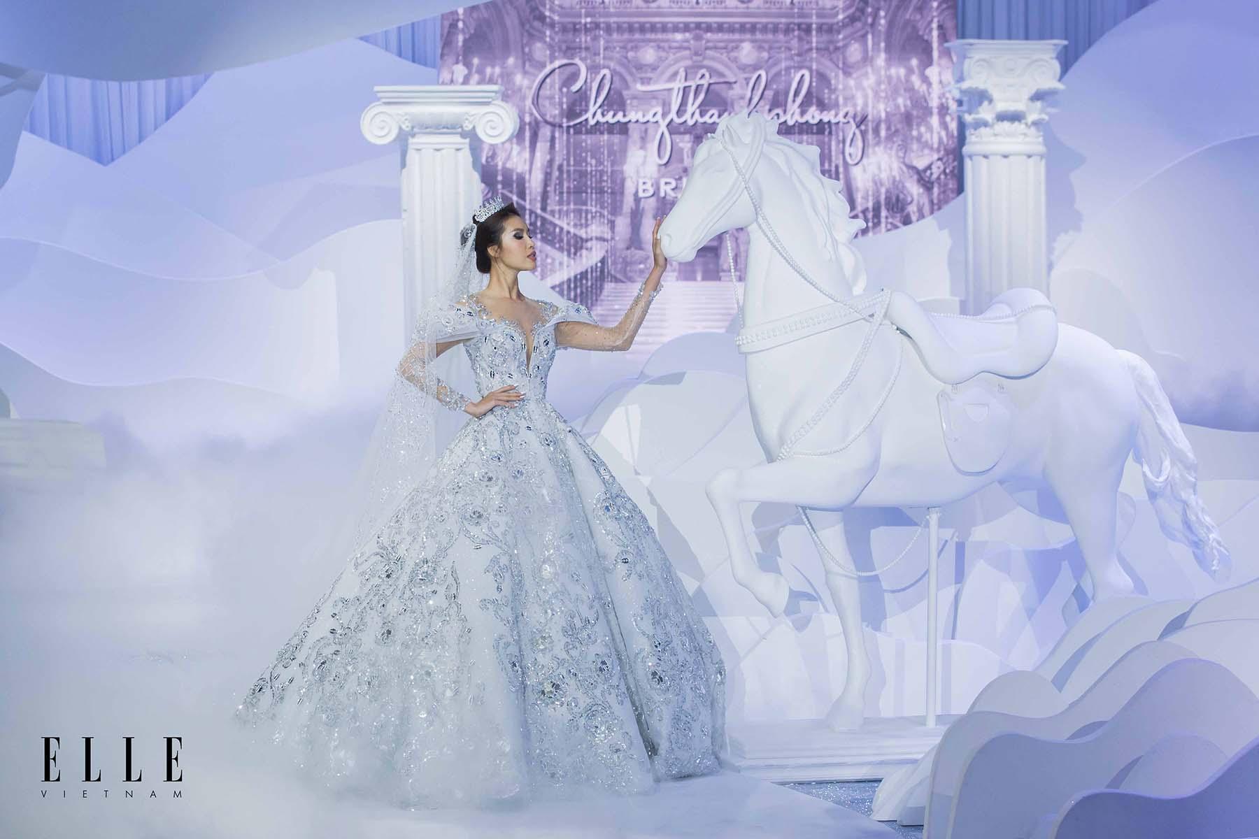 NTK Chung Thanh Phong BST Dear My Princess cùng người mẫu Minh Tú và thiết kế tinh tế