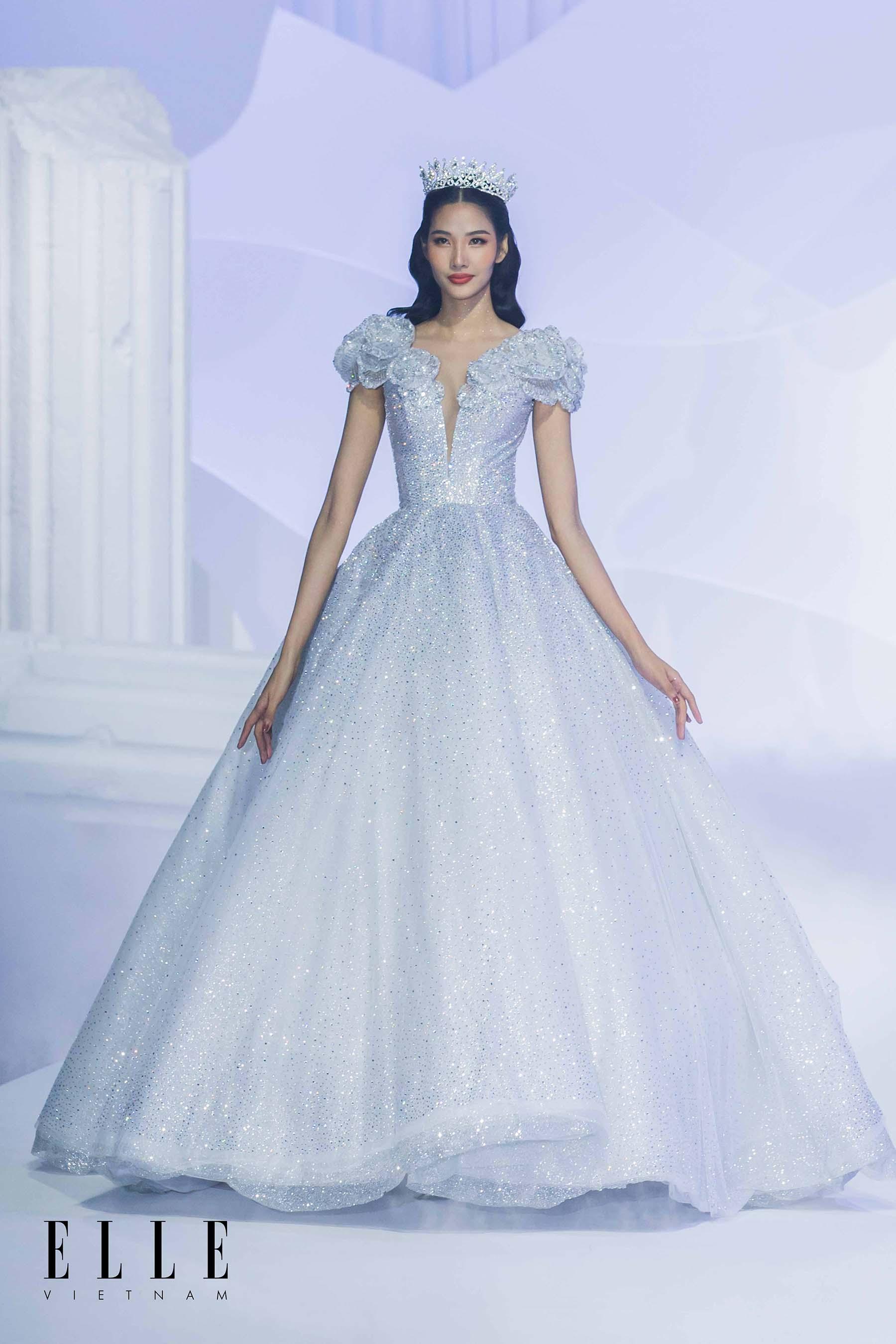 NTK Chung Thanh Phong BST Dear My Princess thiết kế nàng công chúa cổ tích