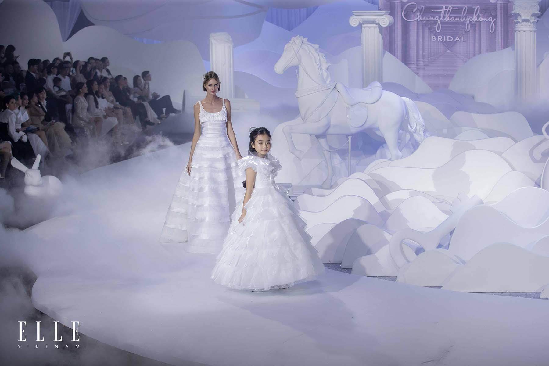 NTK Chung Thanh Phong BST Dear My Princess và người mẫu nhí đáng yêu trên sàn diễn