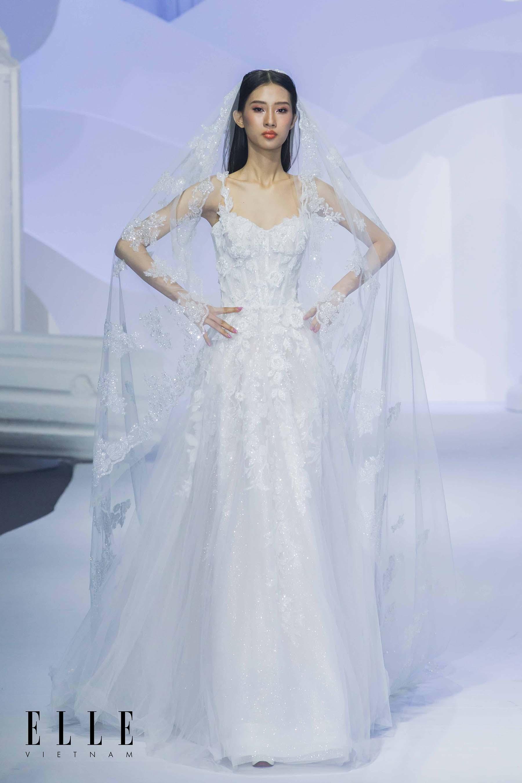 NTK Chung Thanh Phong BST Dear My Princess và thiết kế váy cưới lộng lẫy