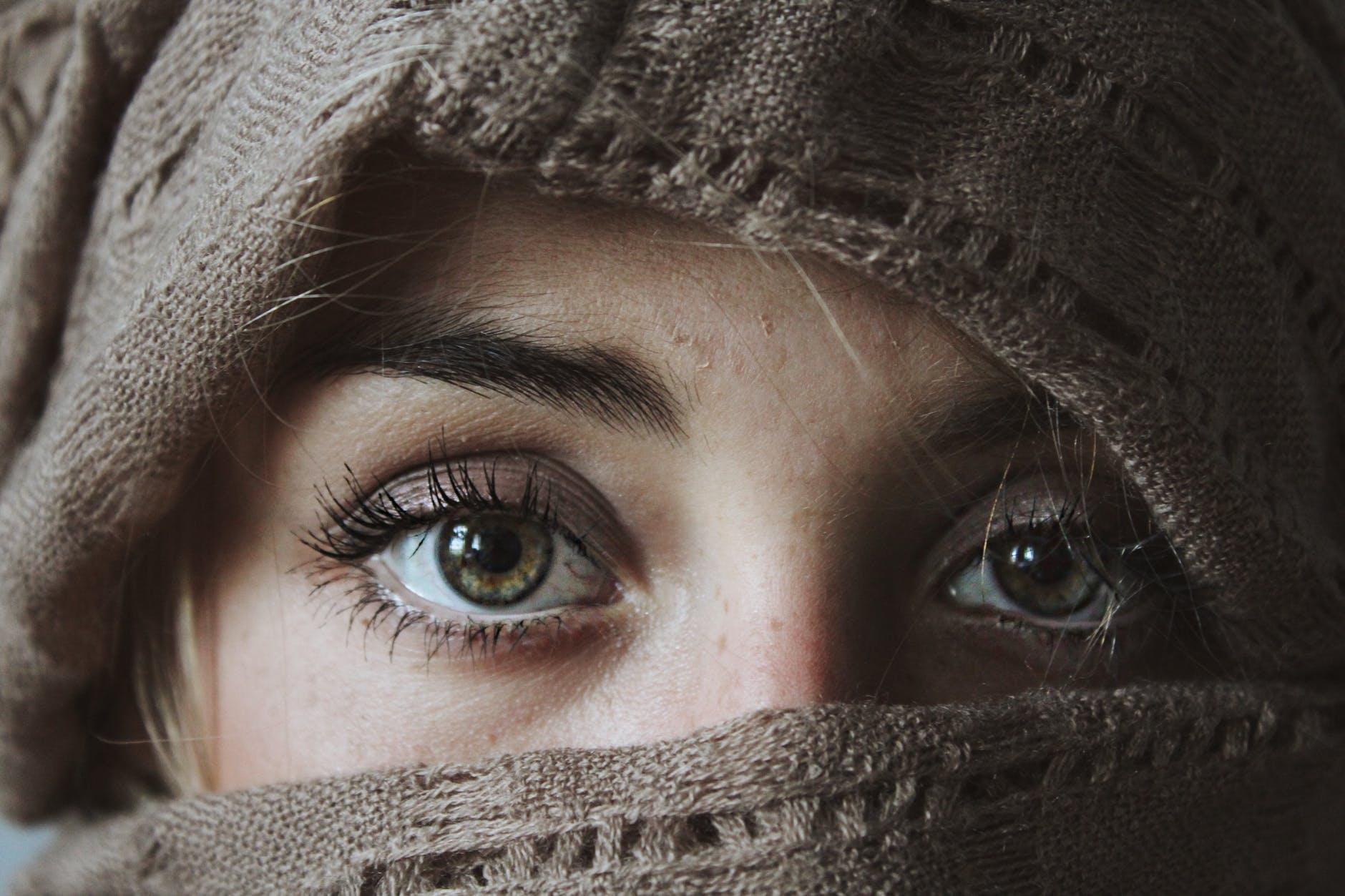 Tẩy trang mắt