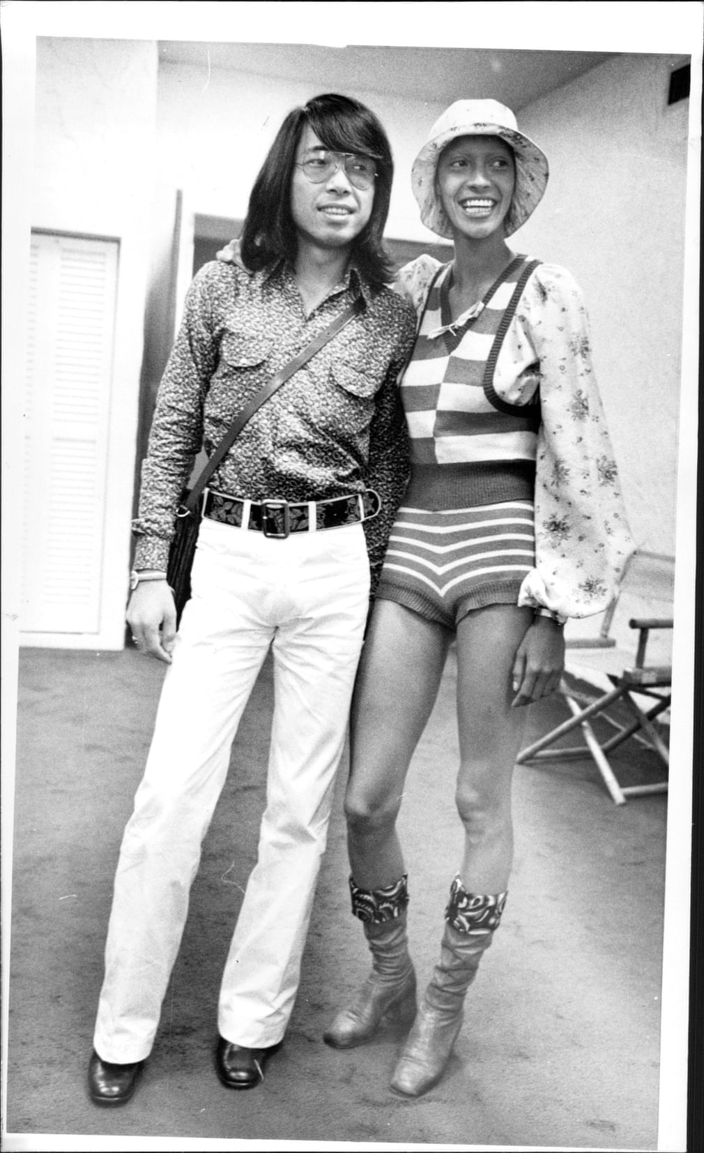 ntk kenzo takada và người mẫu Carol LaBrie năm 1971
