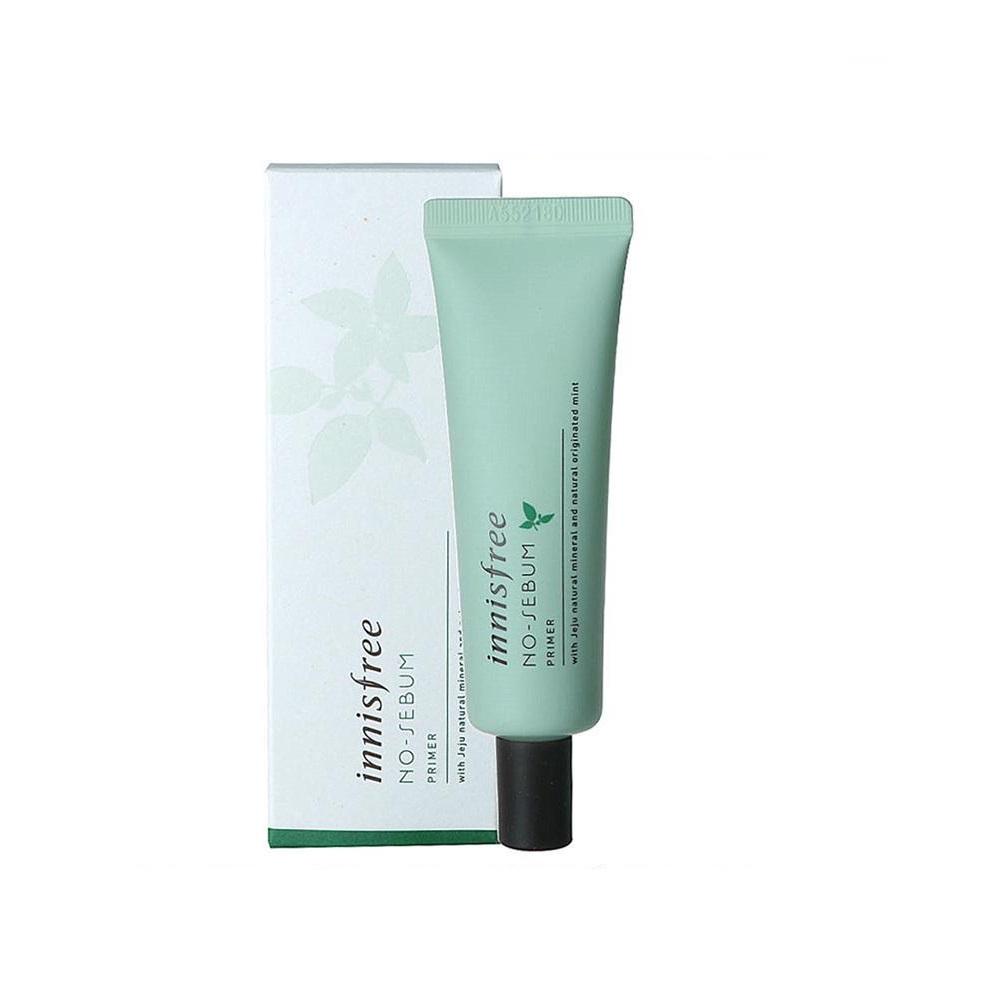 Innisfree No Sebum Primer giúp lớp makeup hoàn hảo hơn.