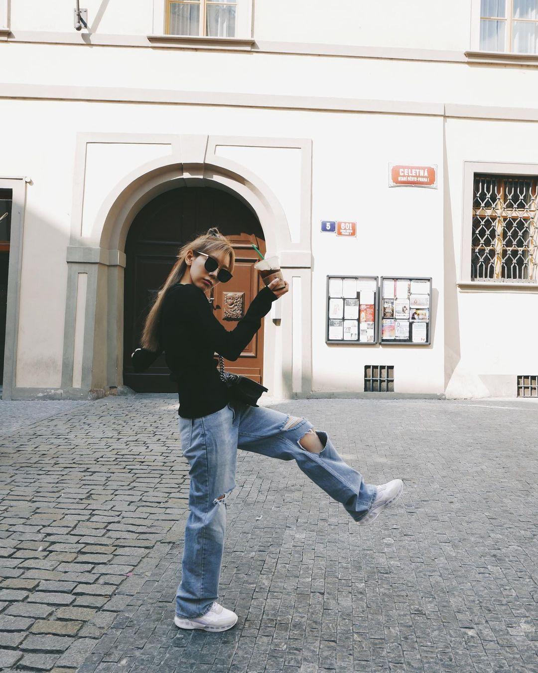 quần jeans boyfriend petite