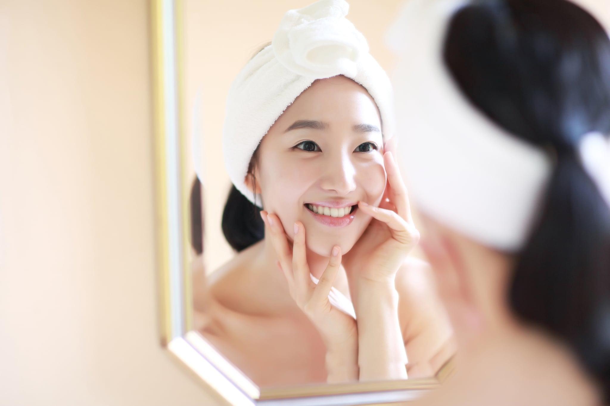Khắc phục tình trạng quầng thâm mắt bằng cách bổ sung khoáng chất cho cơ thể.