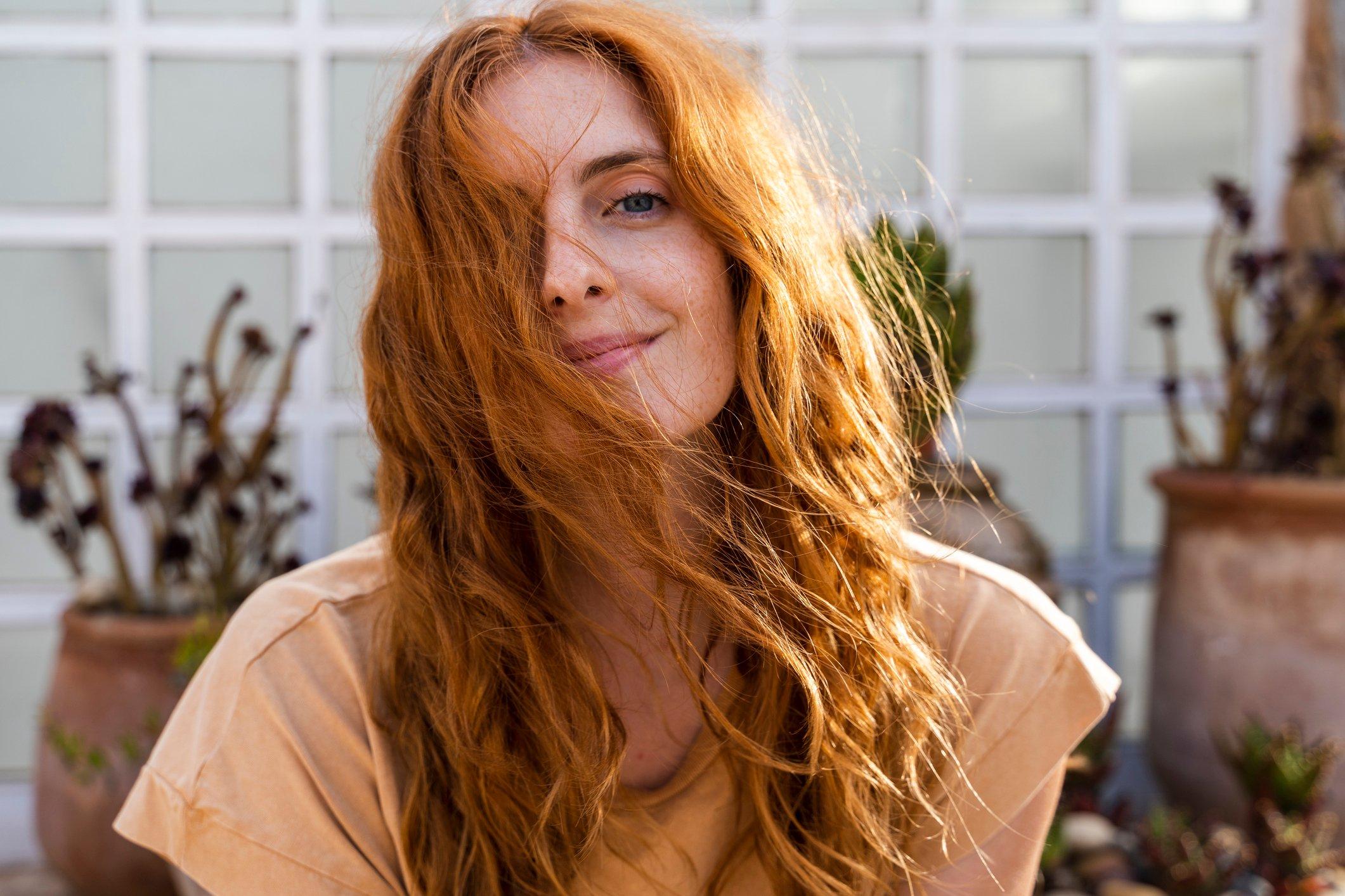 Song Ngư: Màu tóc đỏ đồng