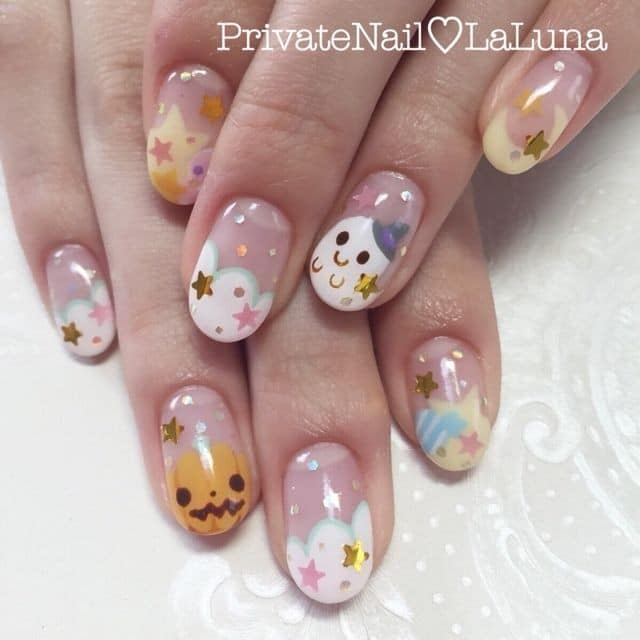 trang trí móng tay dễ thương Halloween