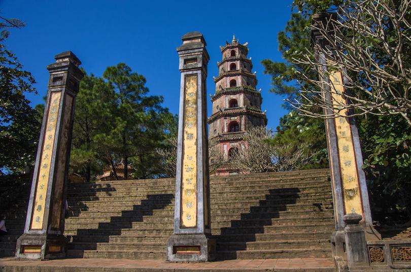chùa thiên mụ ở huế việt nam