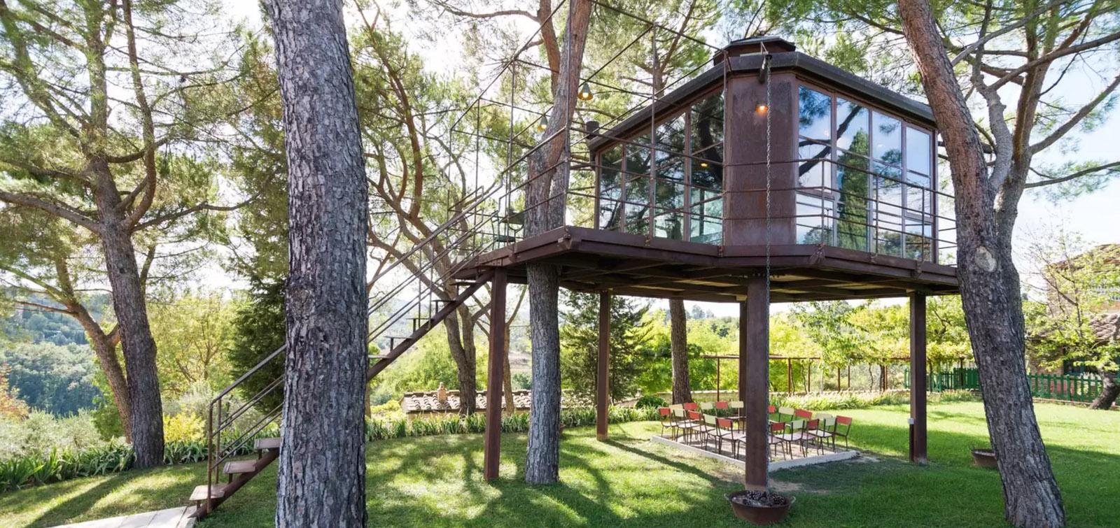 nhà trên cây lãng mạn
