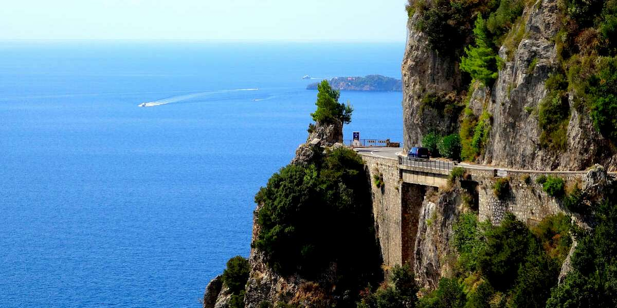 con đường amalfi drive ở italy