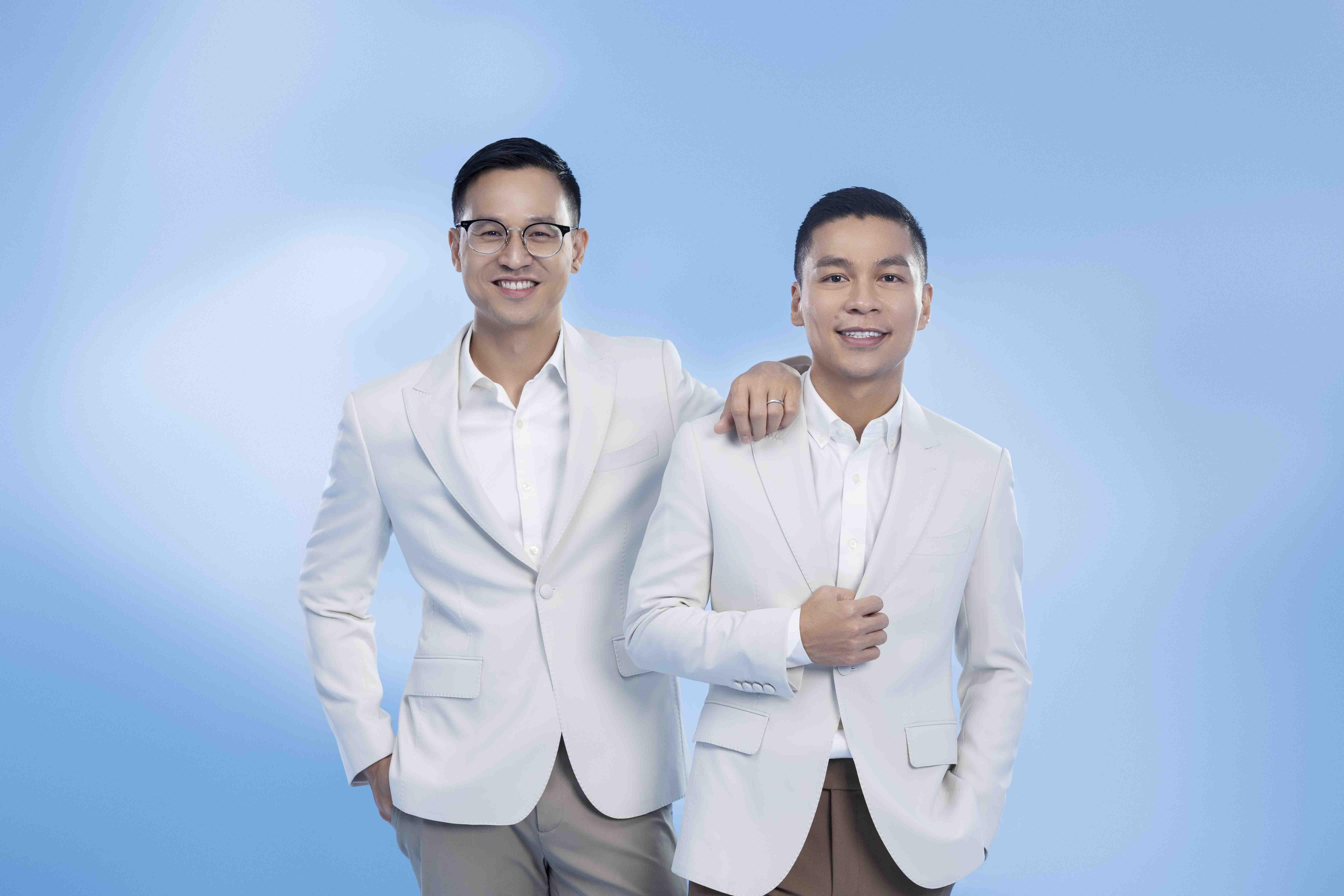 NTK Adrian Anh Tuấn và Sơn Đoàn