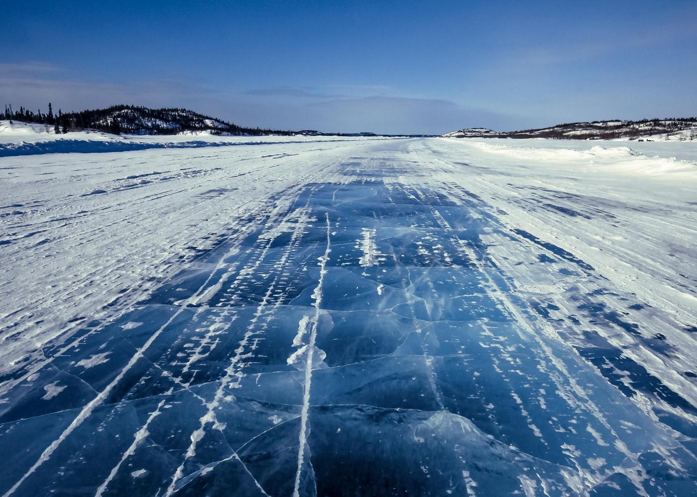 đường mùa đông tukoyaktuk