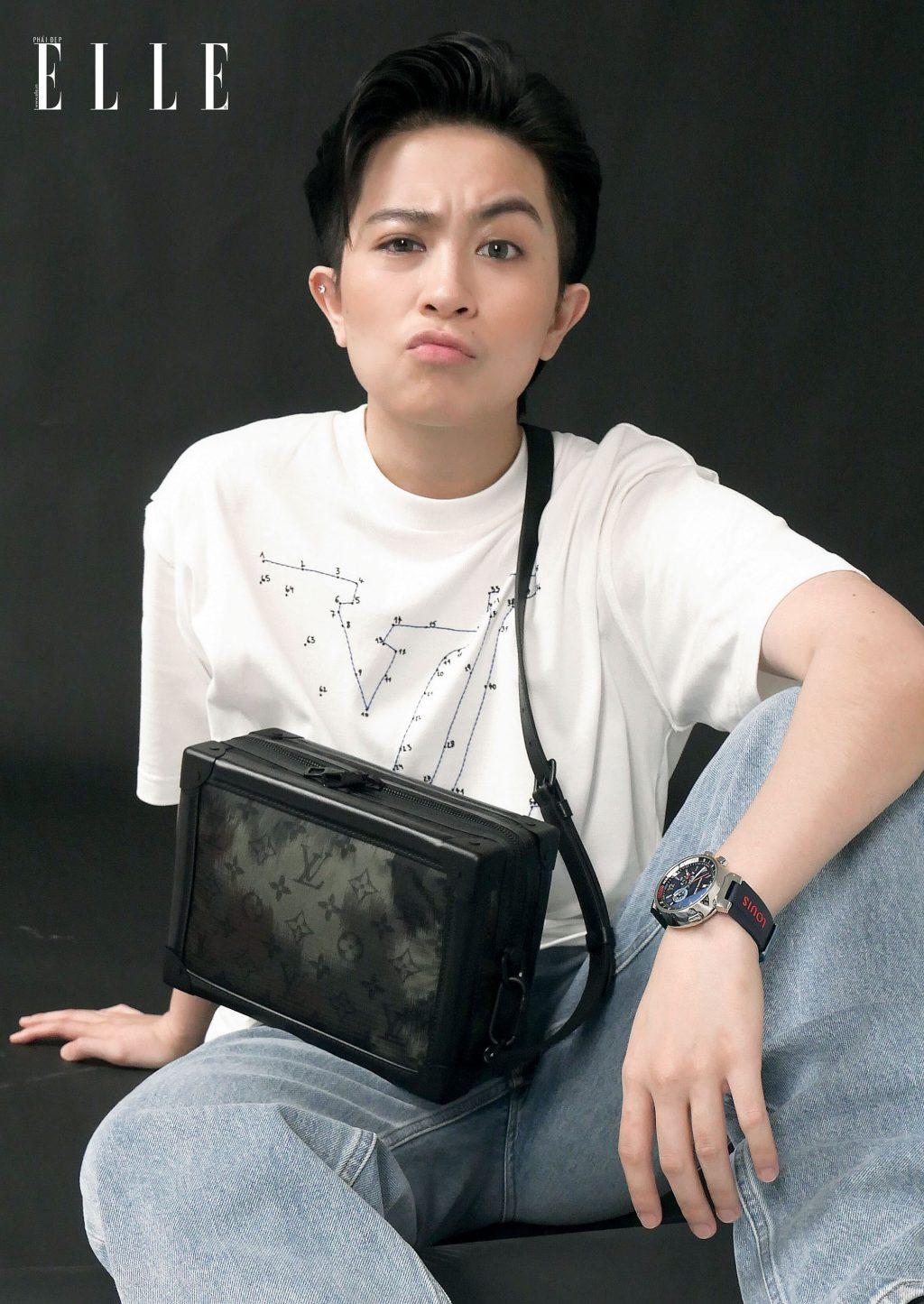 Gil Lê mặc trang phục Louis Vuitton