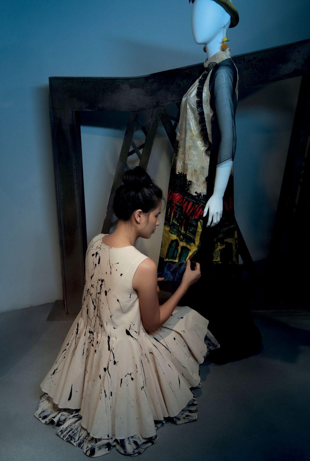 thời trang triển lãm Việt Nam