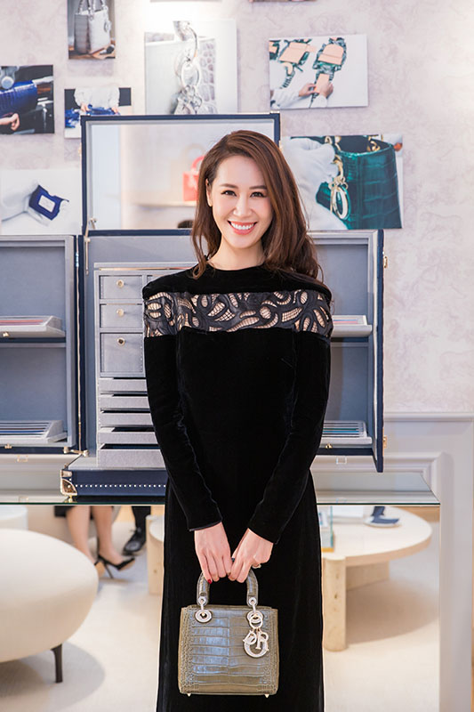 duong thuy linh dior