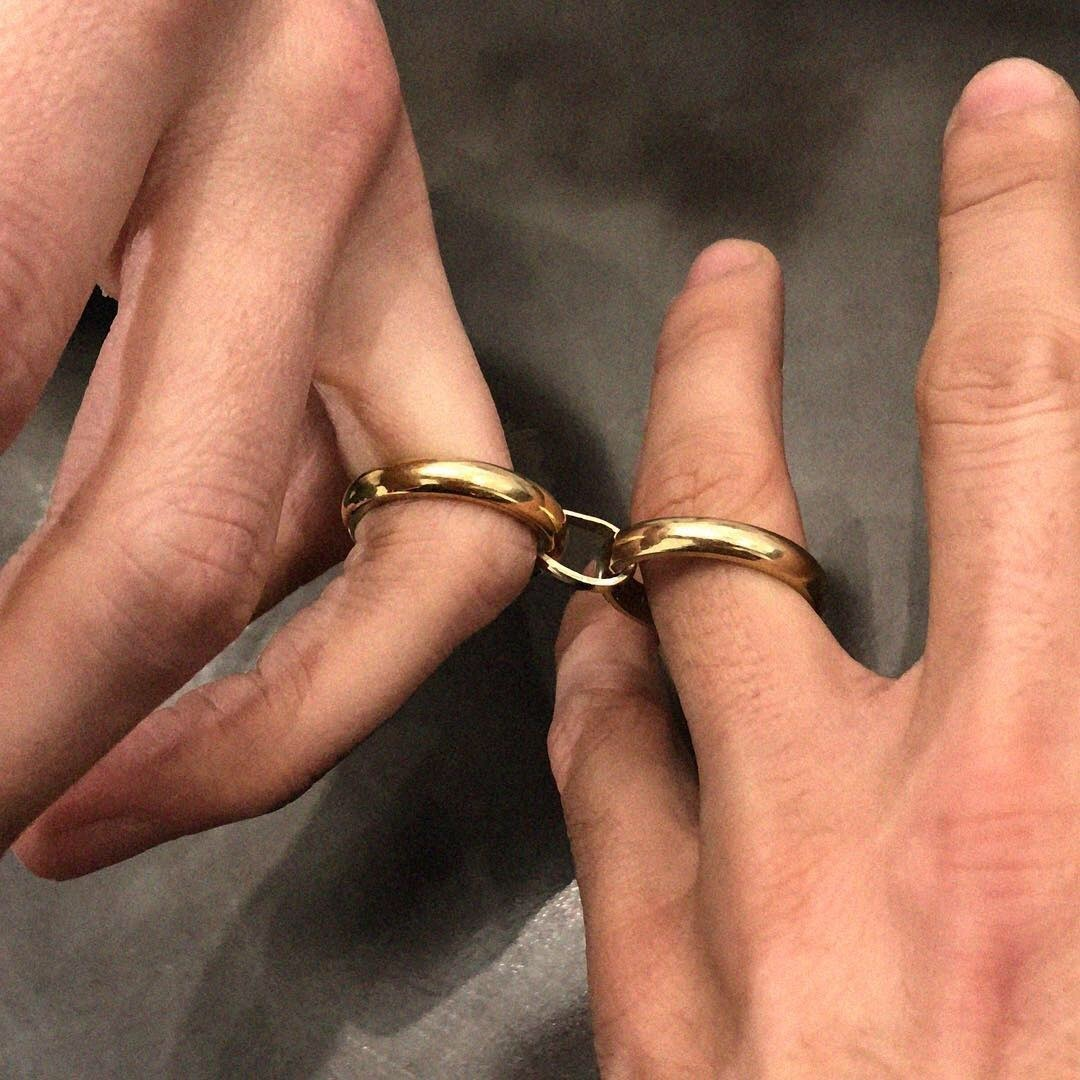 nhẫn đôi vàng trơn đeo hàng ngày