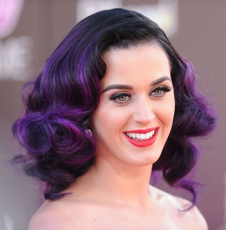 Katy Perry nhuộm tóc tím