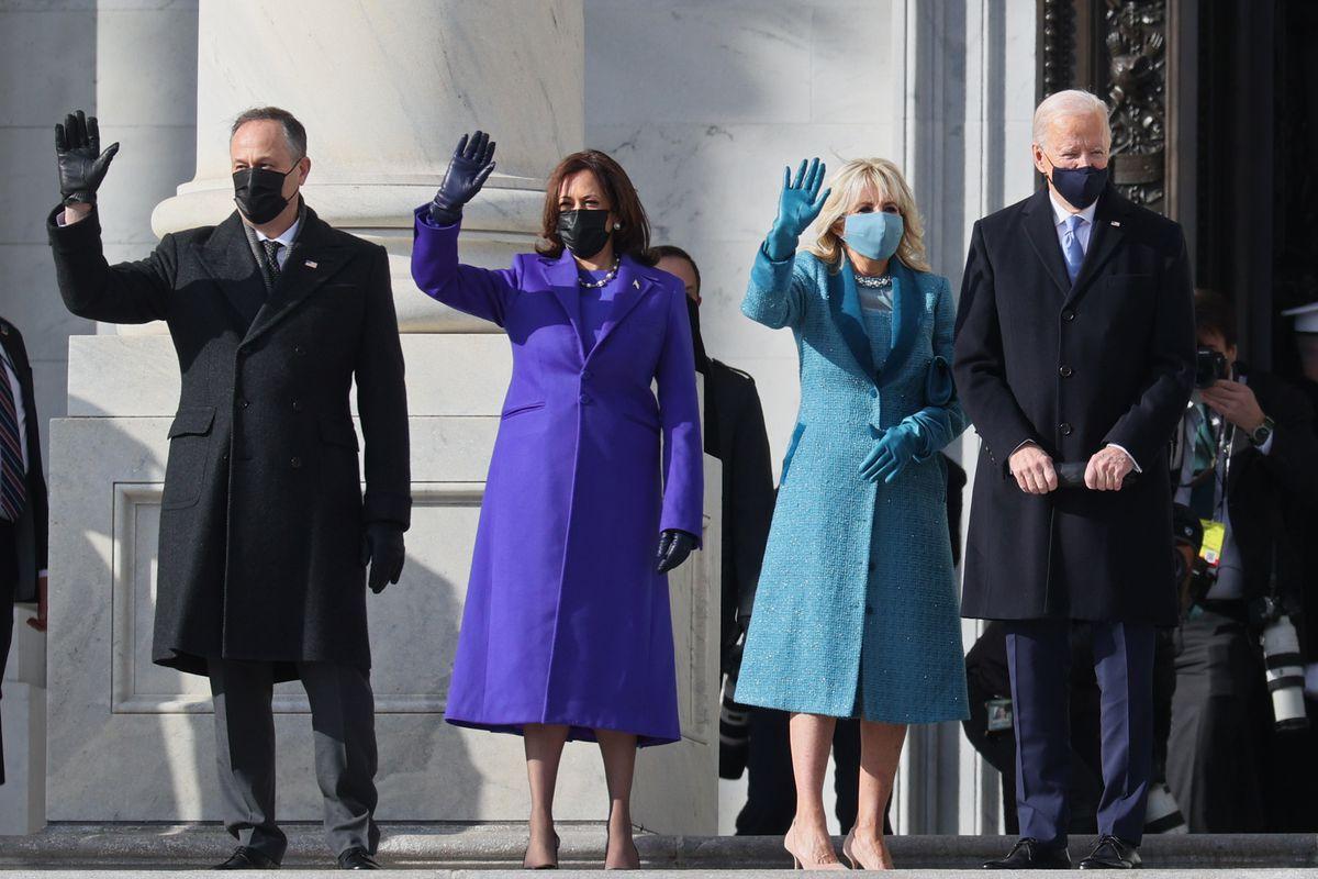 thời trang lễ nhậm chức tổng thống mỹ kamala harris