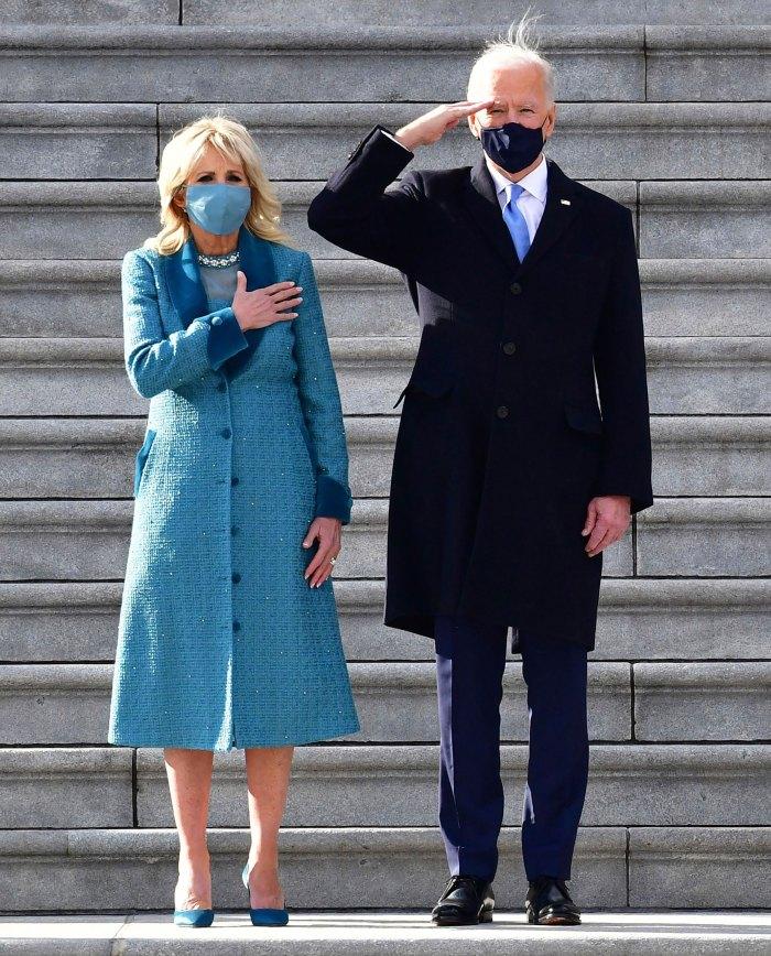 Trang phục mang sắc xanh của bà Jill Biden