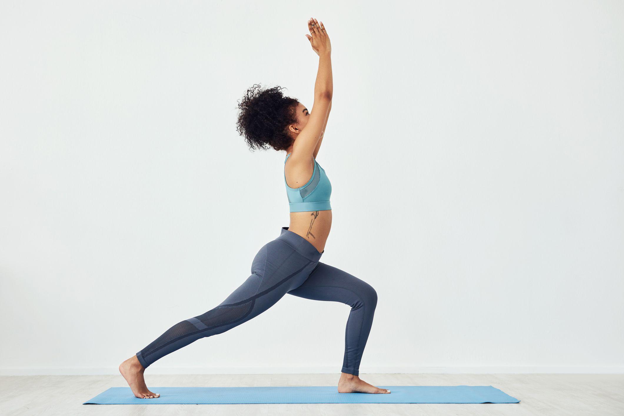 Tập yoga tư thế chiến binh 1
