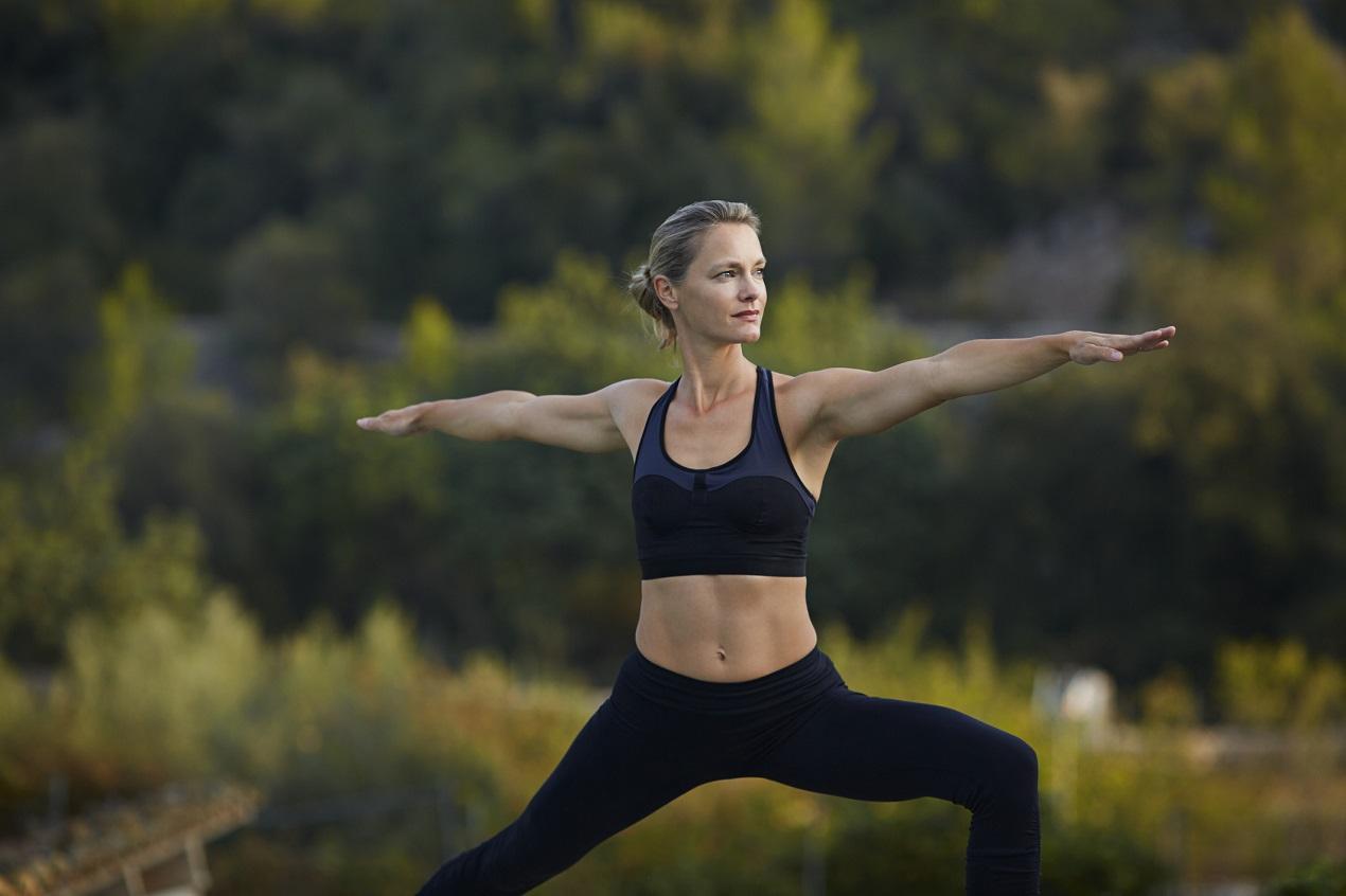 Tập yoga tư thế chiến binh 2