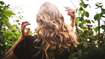 Tự do tẩy nhuộm với bí quyết phục hồi tóc hư tổn