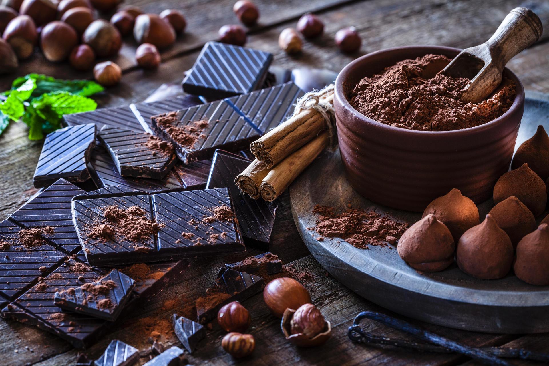 Thực phẩm giảm cholesterol - socola đen và cacao
