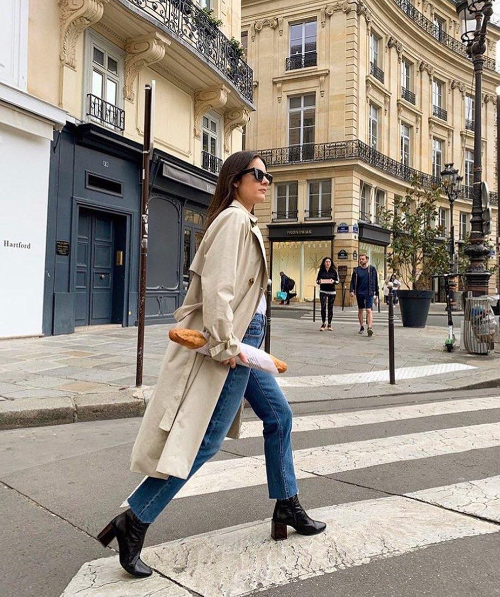 Việc đi bộ nhiều giúp phụ nữ Pháp giữ dáng