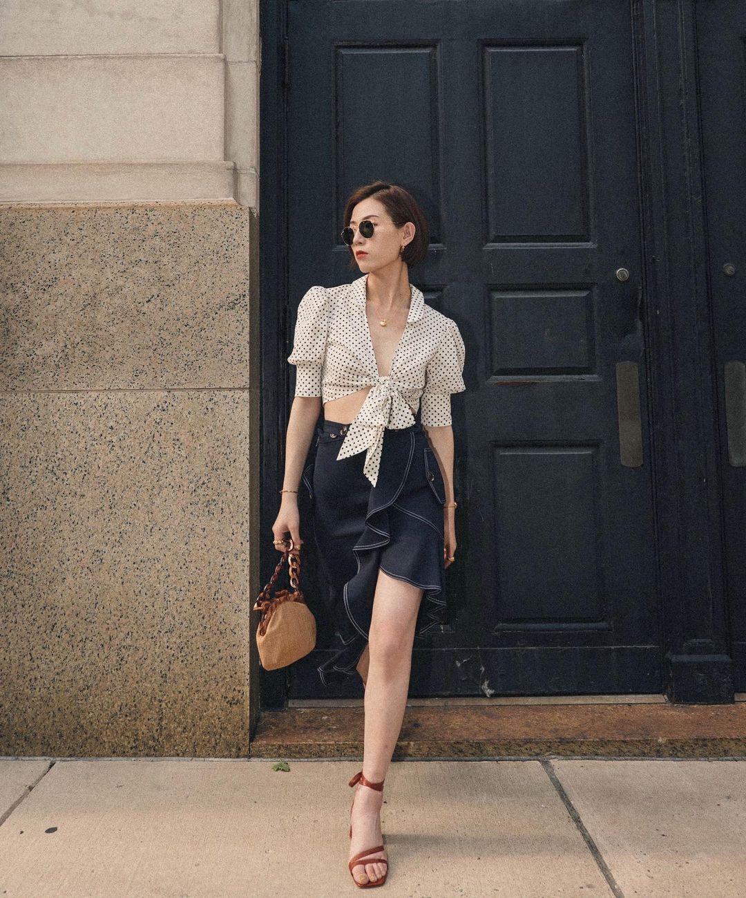 áo thắt nơ dạo phố