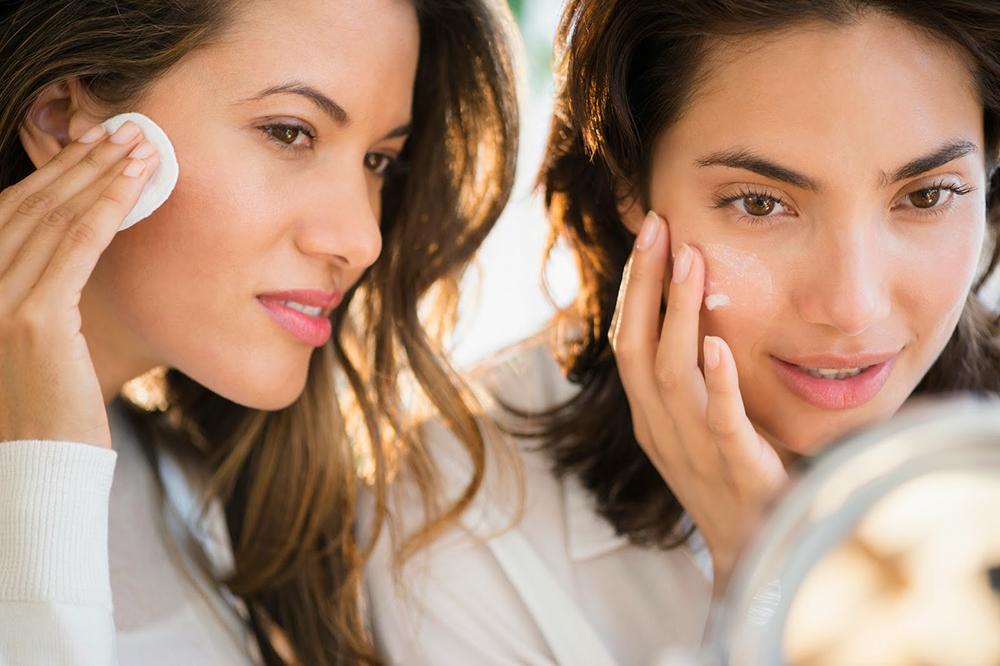 Xây dựng thói quen chăm sóc da lành mạnh để tránh tình trạng da khô
