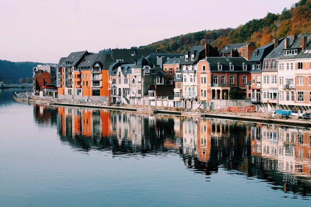 Dinant thành phố du lịch của Bỉ và Châu Âu