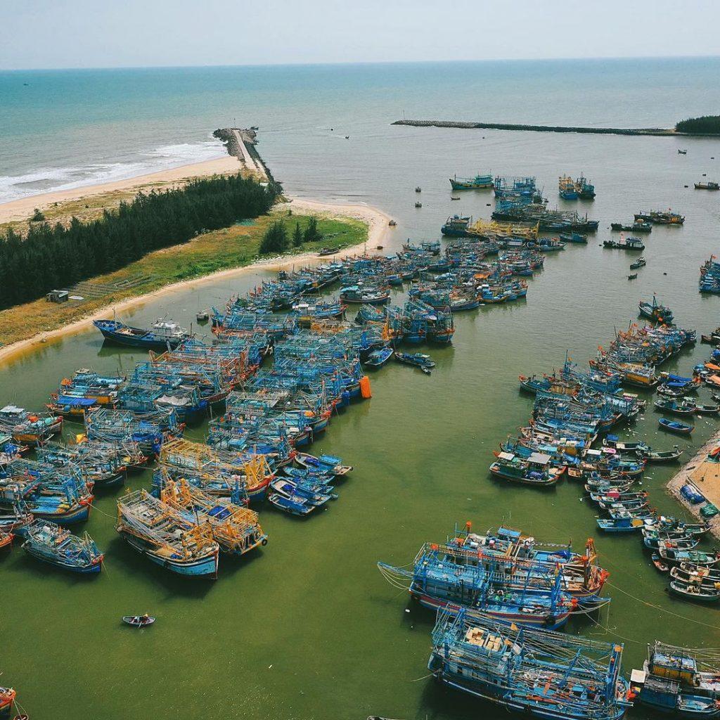 du lịch hồ tràm cảng cá bình châu