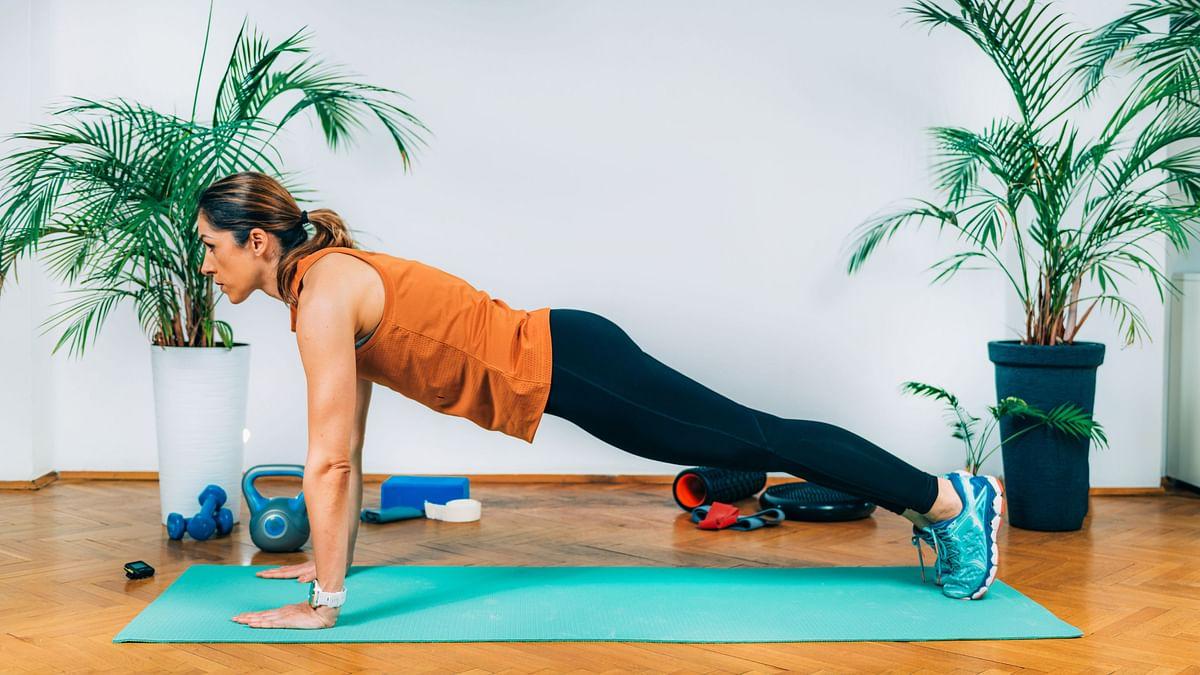 Plank cao để có cơ bụng quyến rũ như Kendall Jenner
