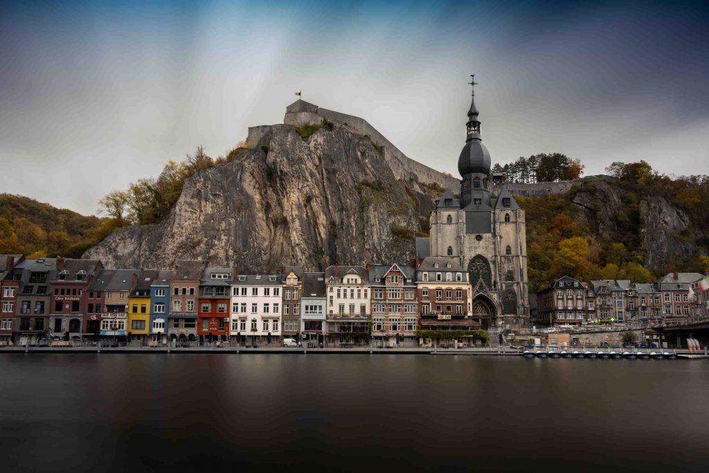 thành phố châu Âu Dinant