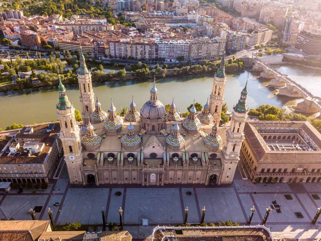 thành phố châu Âu Zaragoza
