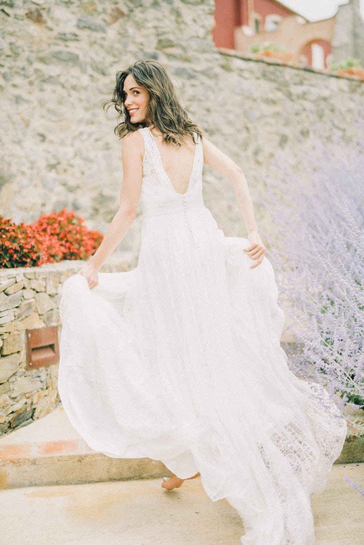 các cung hoàng đạo sẽ chọn loại váy cưới nào