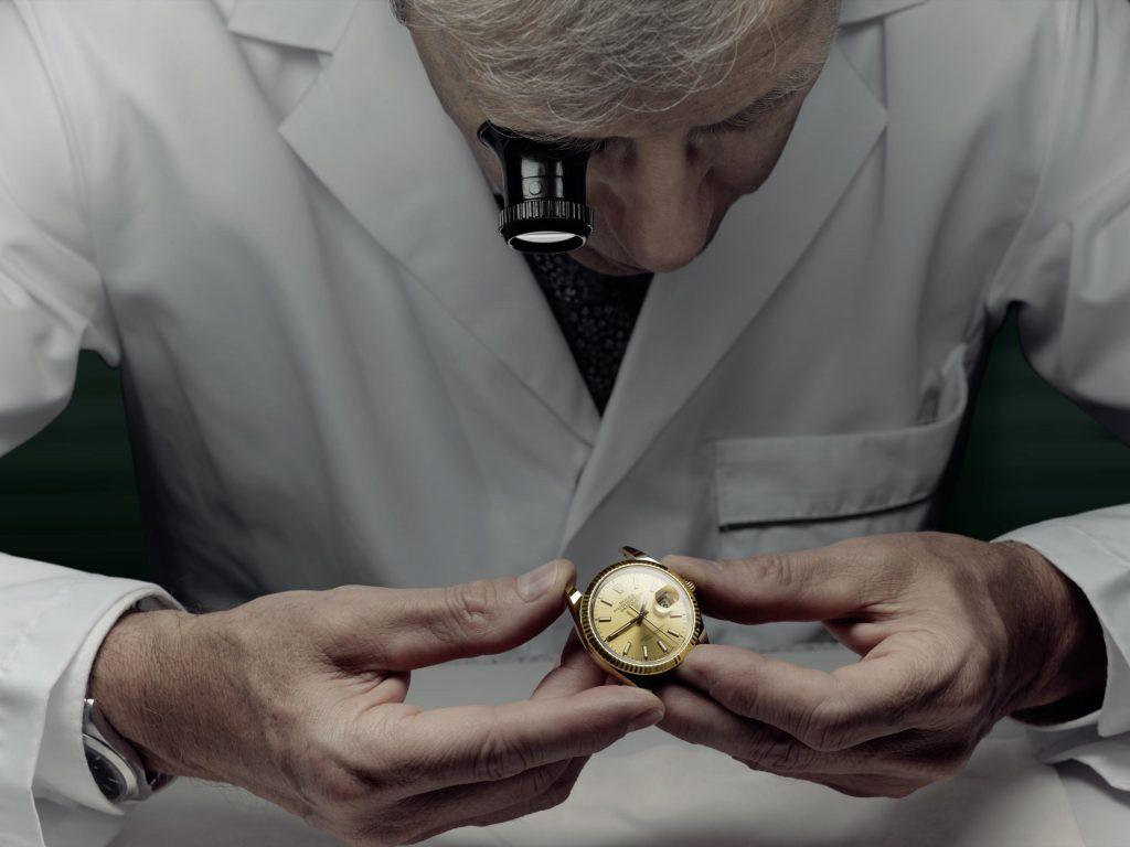 chuyên gia bảo dưỡng đồng hồ Rolex