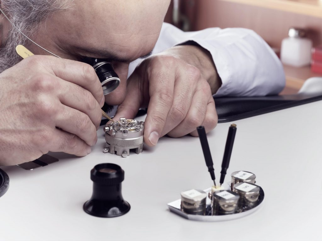 dịch vụ bảo dưỡng và sửa chữa đồng hồ Rolex